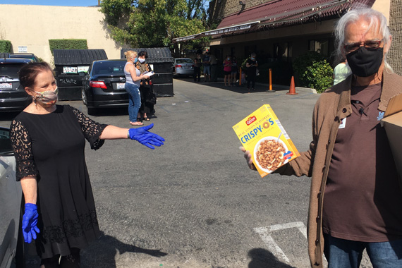 It Feels Good to Give Back: Jewish Home Joins Effort to Feed Fellow Angelenos
