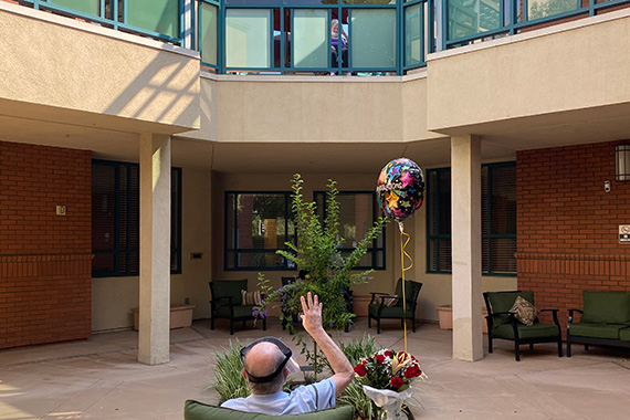 At the Los Angeles Jewish Home, Love Conquers All